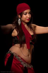 Danza_oriental_pirata13