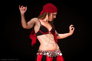 Danza_oriental_pirata17