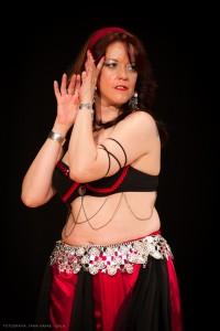 Danza_oriental_pirata18