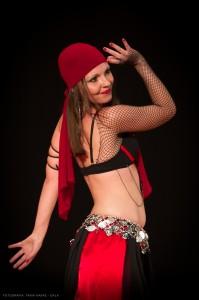 Danza_oriental_pirata19
