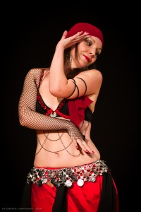 Danza_oriental_pirata16