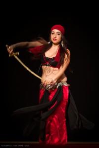 Danza_oriental_pirata2