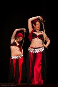 Danza_oriental_pirata4