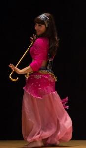 Danza_oriental_bastón