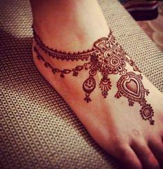 Tatuaje_henna_pie_1