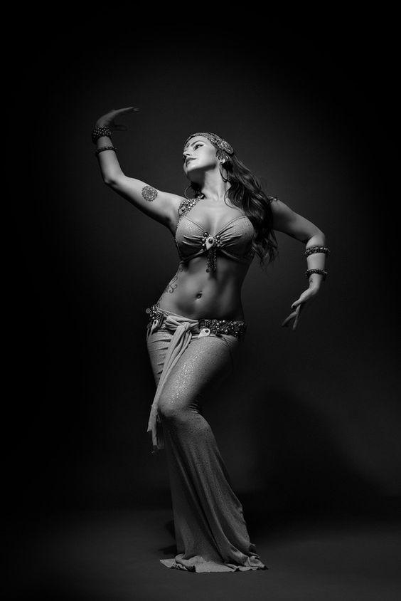 ¿Cómo es la Danza Oriental? 1001 estilos