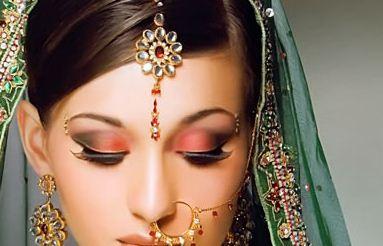 Accesorios para bailar Bollywood . . . ¡y estar super guapa!