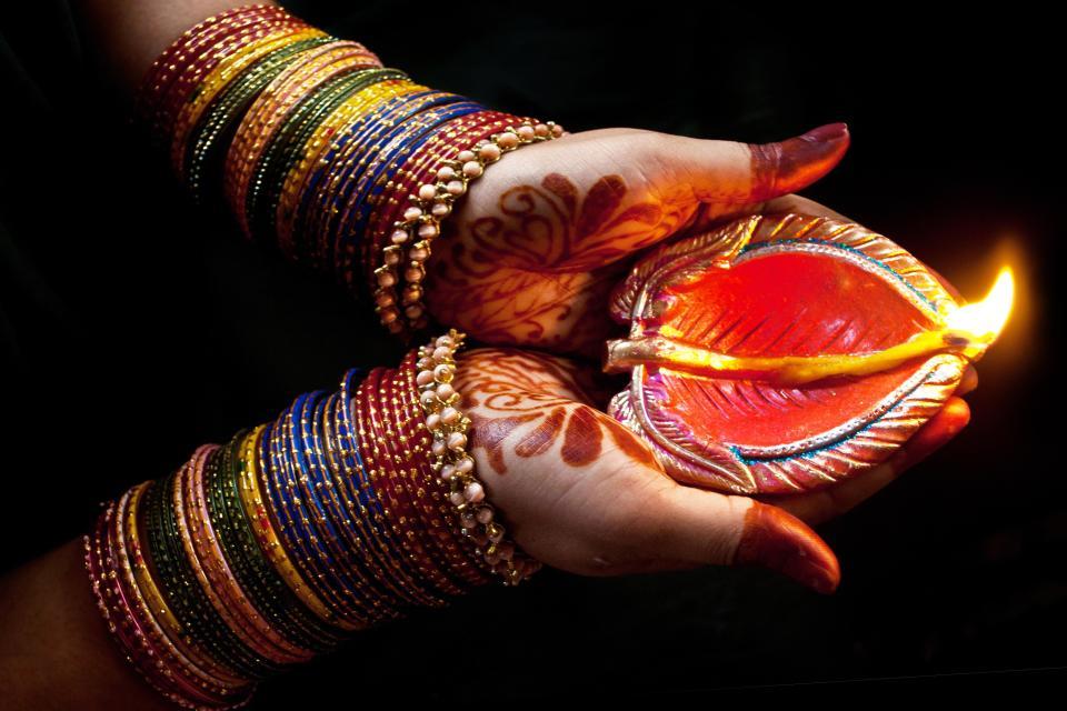 Diwali en 7 claves: la fiesta india de la luz