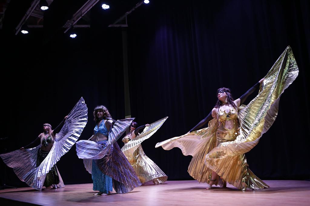 danza del vientre alas de isis velo