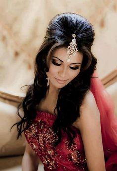 6 Peinados indios para bailar Bollywood